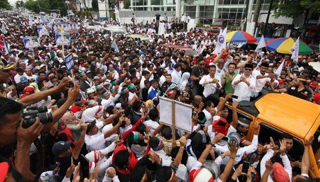Partai Perindo tak mau sekadar menjadi penonton di Pilgub Sulsel. Partai pendatang baru di kancah politik di Indonesia ini, memastikan akan all out ikut memenangkan IYL-Cakka.