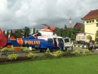 helikopter jenis Dolphin Polda Sulsel