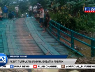 Jembatan Ambruk Putus Akses Warga