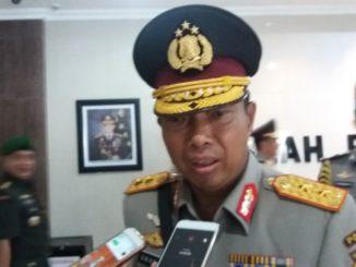 Kapolda Sulsel, Irjen Pol Umar Septono.
