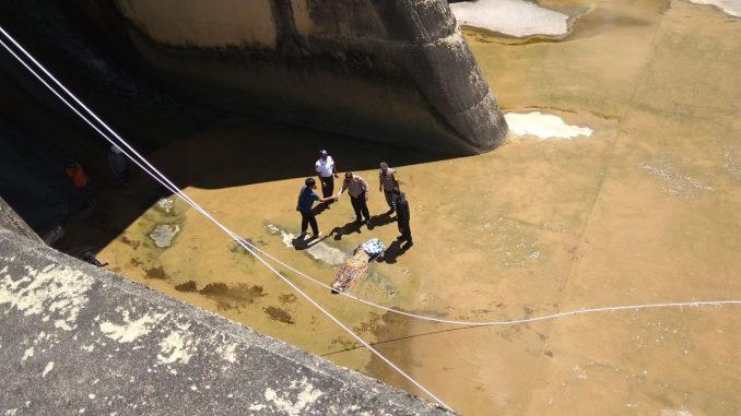 diduga mengalami gangguan kejiwaan, tukang bentor asal Pinrang ditemukan meninggal dunia usai melompat dari Bendungan PLTA Bakaru, Pinrang. (ist)