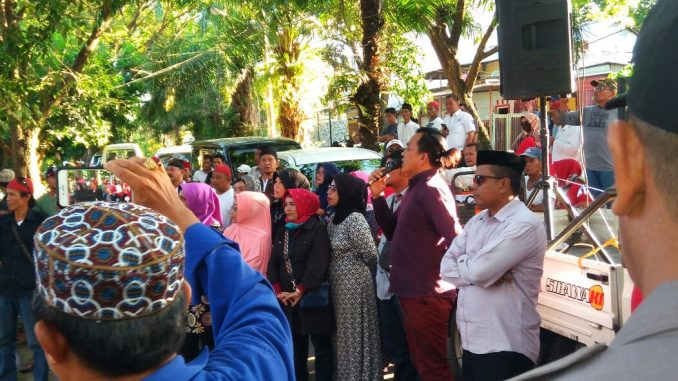 Demonstran Minta KPU Cermati Isu Beredarnya Keputusan MA