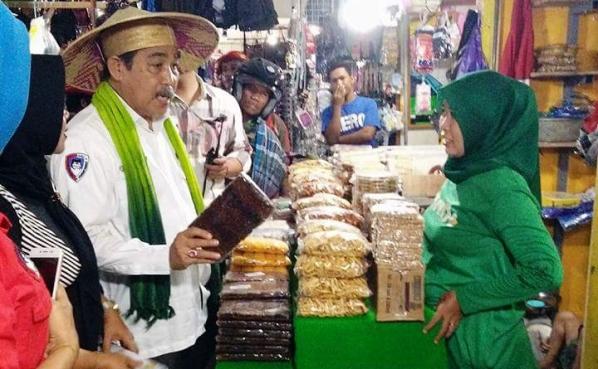 DOllah mando di Pasar Pangsid