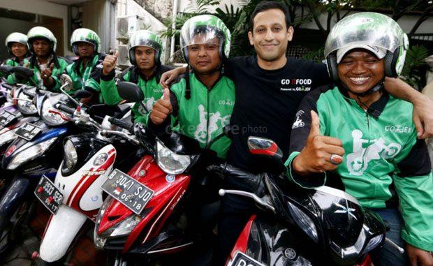 CEO dan Founder Gojek Nadiem Makarim bersama para driver