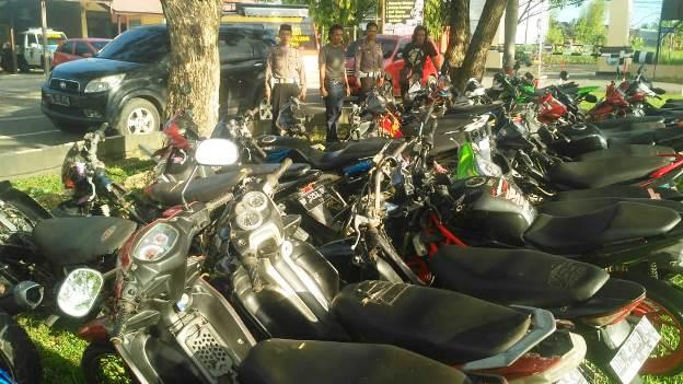 tilang motor balap liar di Pinrang