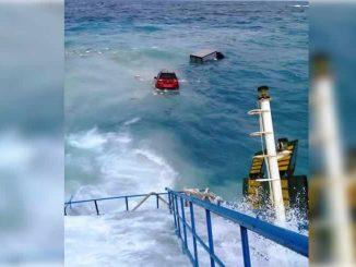 KM Lestari Maju Dikandaskan di Perairan Selayar, Evakuasi Penumpang Terus Dilakukan