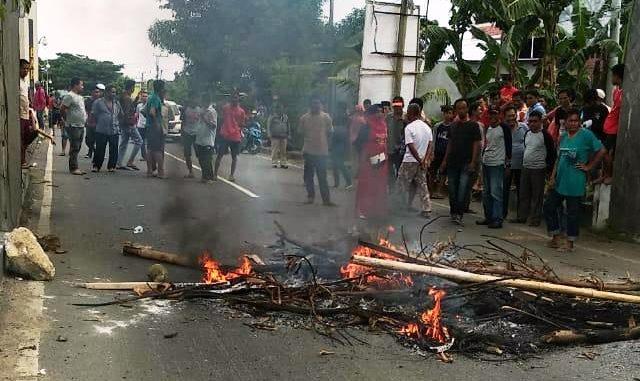 Tensi Pilkada Memanas, Pendukung FAS Blokir Perbatasan Parepare