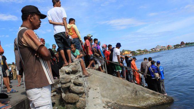 Pencarian Nelayan