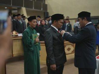 Ketua DPRD Parepare Lantik Gustam Pengganti Antar Waktu