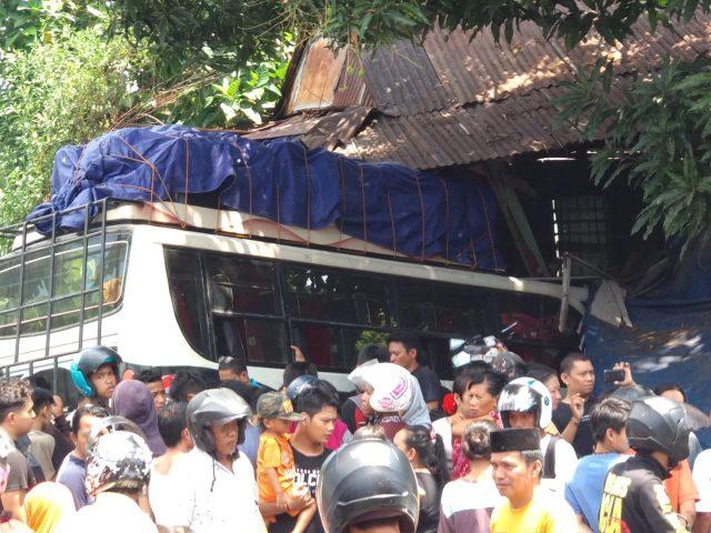 Dua Korban Kecelakaan Bus Masih Dirawat di Rumah Sakit