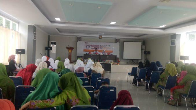 KPU Parepare menggelar sosialisasi ke Muslimat NU Parepare.