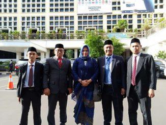 Fot bersama KPU pare