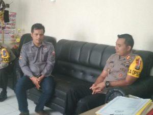 Kapolres Pinrang bersama Ketua KPU Pinrang.