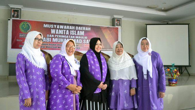 Foto bersama usai menggelar musda Wanita Islam di Balai Ainun Habibie, Kota Parepare, Ahad 9 Desember 2018.