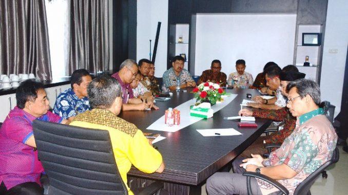 SKPD Godok Program 100 Hari Dollah Mando-Mahmud