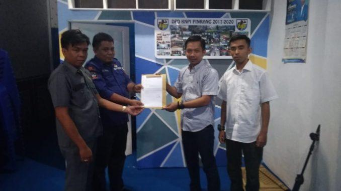Dua komisioner KPU Pinrang mengundurkan diri jadi pengurus KNPI Pinrang.