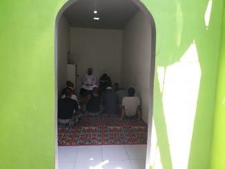 Musala di dalam sel tahanan Polres Pinrang.