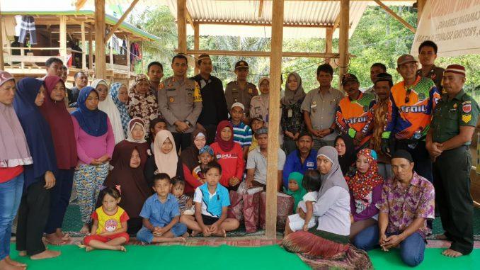 Poto bersama Kapolres Pinrang, AKBP Bambang Suharyono, S.Ik, MH