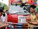 Doa bersama sebelum melepas truk pengangkut logistik KPU.