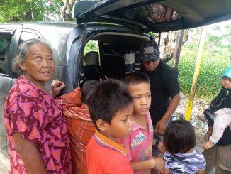 Jelang Hari Raya Idul FitriYayasan Manusia Indonesia Berbagi Ayam Pada Kaum Dhuafa dan Panti Asuhan