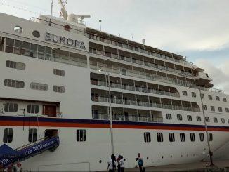Kapal Pesiar MS Europa Sandar di Parepare