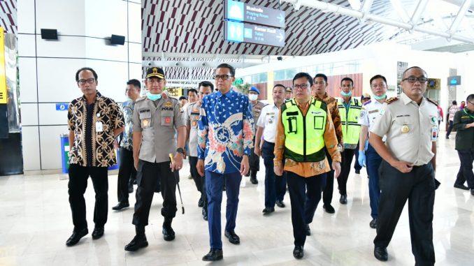 Antisipasi Penyebaran Virus Corona di Sulsel, Nurdin Abdullah Tinjau Bandara Sultan Hasanuddin
