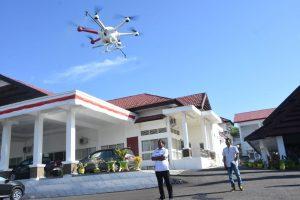 drone semprot