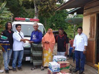 PMI Enrekang Bersama Komunitas Masyarakat Salurkan Bantuan Korban Kebakaran di Cendana