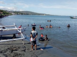 Liburan, Pengunjung Pantai Taman Mattirotasi Abaikan Protokol Kesehatan