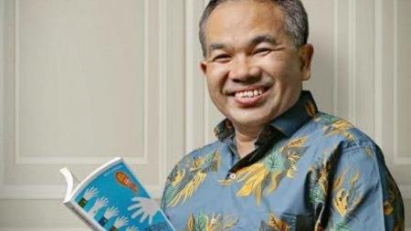 Dr Aqua Dwipayana (Motivator Komunikasi)