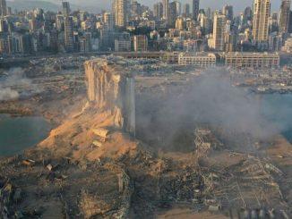 Dugaan Penyebab Dua Ledakan Dahsyat di Beirut